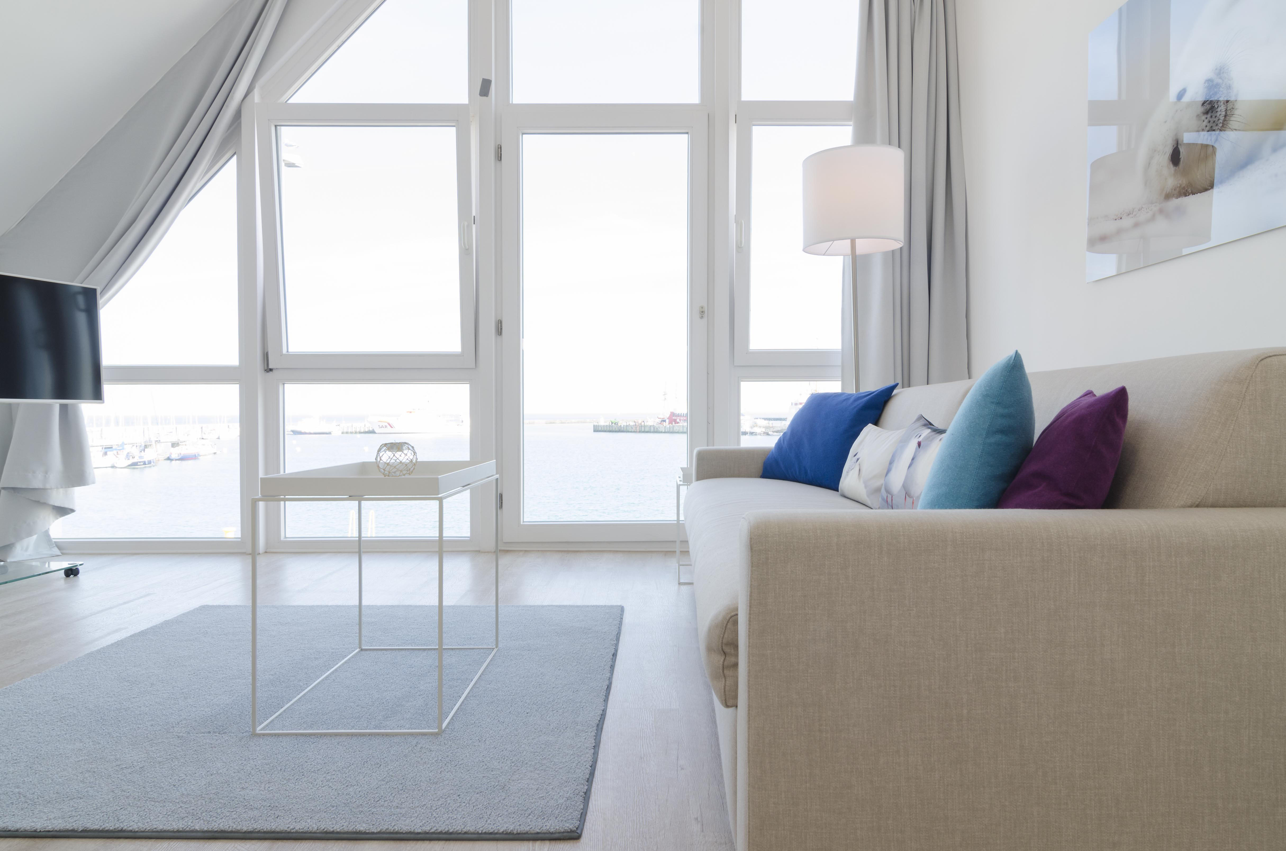 Interior Polsterei Hamburg Apartment Hay Einrichtung Pastell Meeresfarben